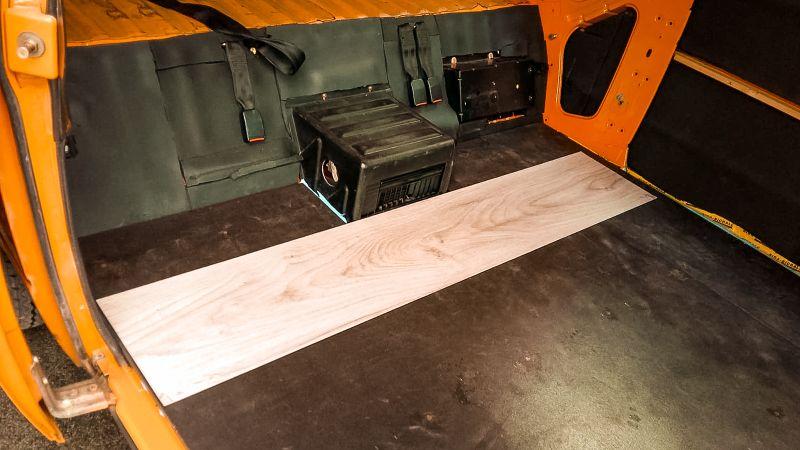 T3 Boden Siebdruckplatte
